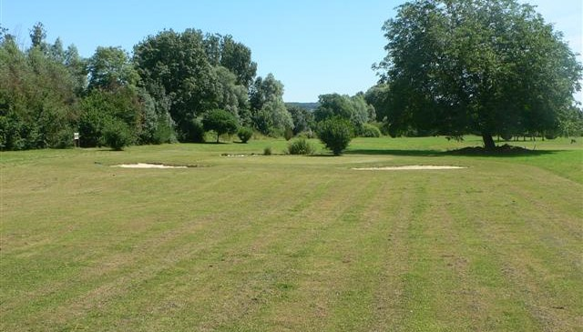 pays-alesia-seine-auxois-Golf-Venarey-green-club-VLL-les-laumes-03