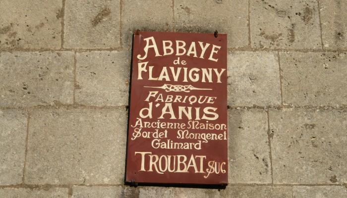 pays-alesia-seine-auxois-Abbaye-de-Flavigny-Fabrique-dAnis