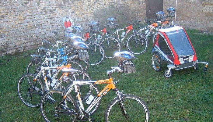 pays-alesia-seine-auxois-bourgogne-Location-cycle-velo-tricycle