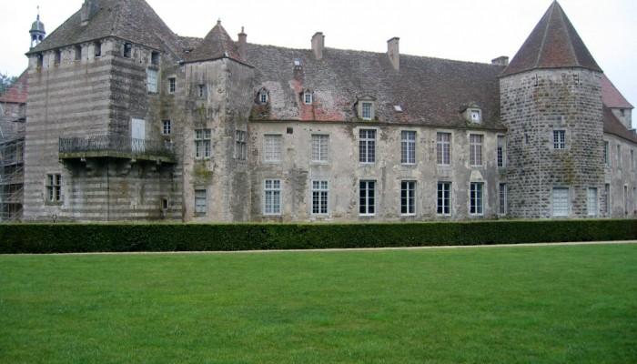 chateau-depoise-façade-03