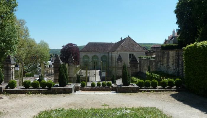 pays-alesia-seine-auxois-montbard-vue-du-musee-le-parc-buffon